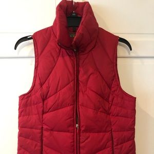 Women's Size S Kenneth Cole Reaction Red Vest